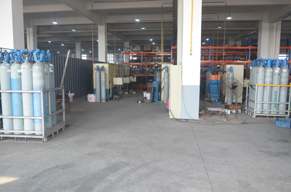 hydraulic-valve-body-magnetic-sleeve-welding2