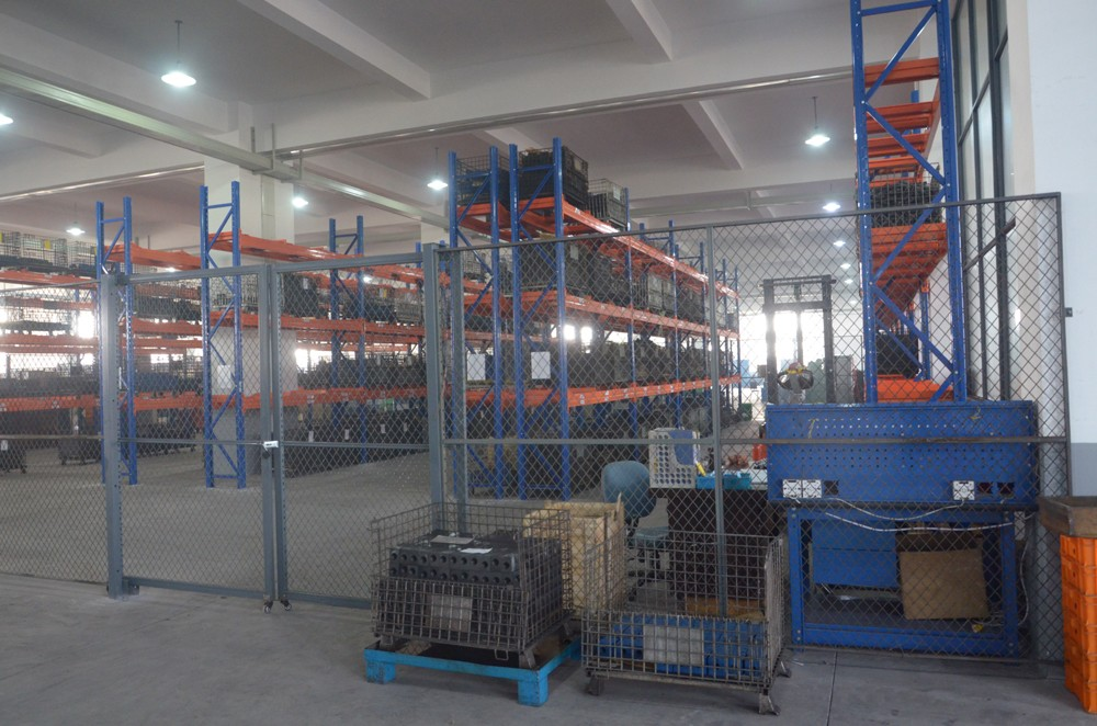 hydraulic-valve-body-semi-finished-products-warehouse