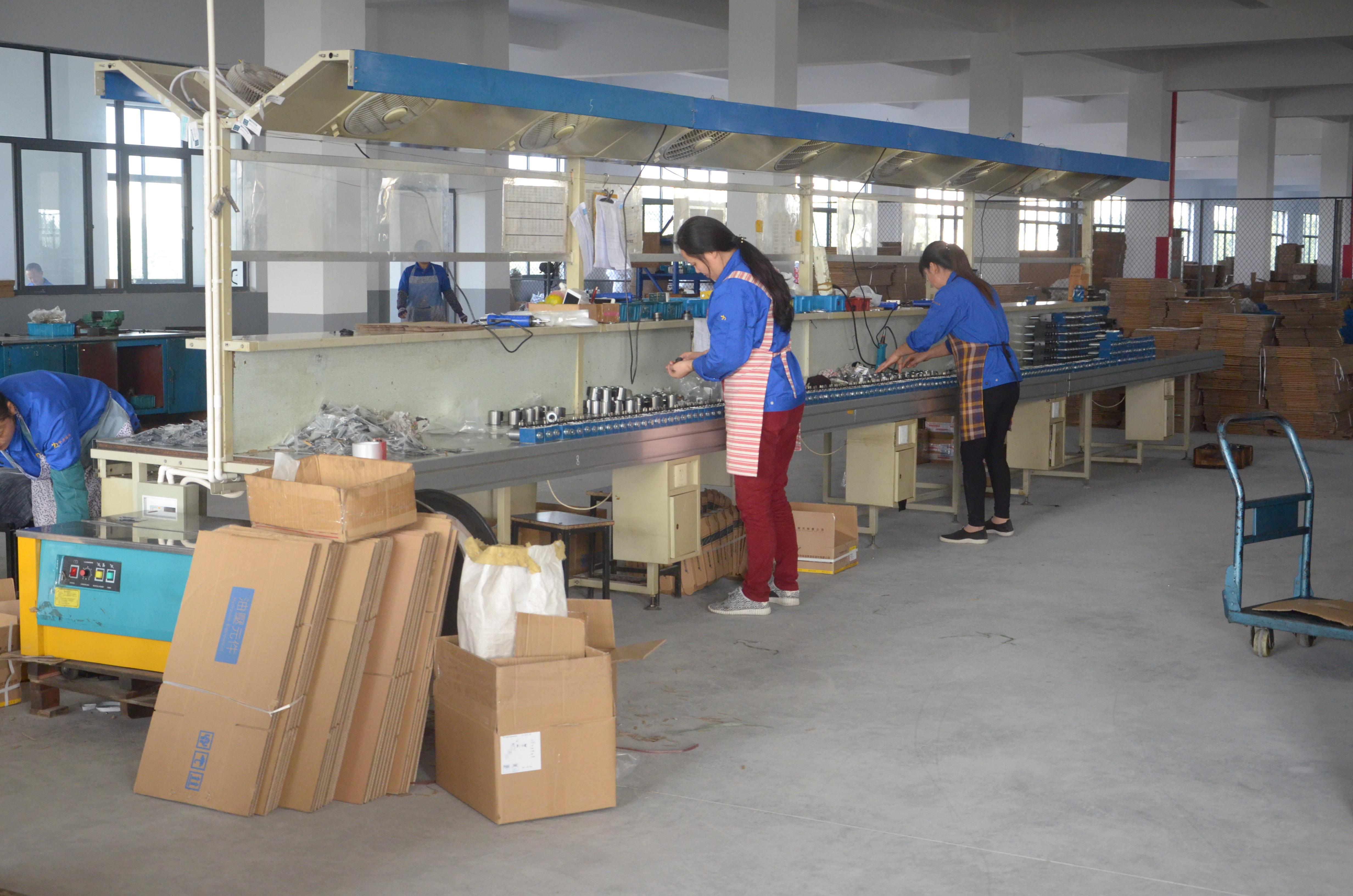 hydraulic-valve-packing-workshop3